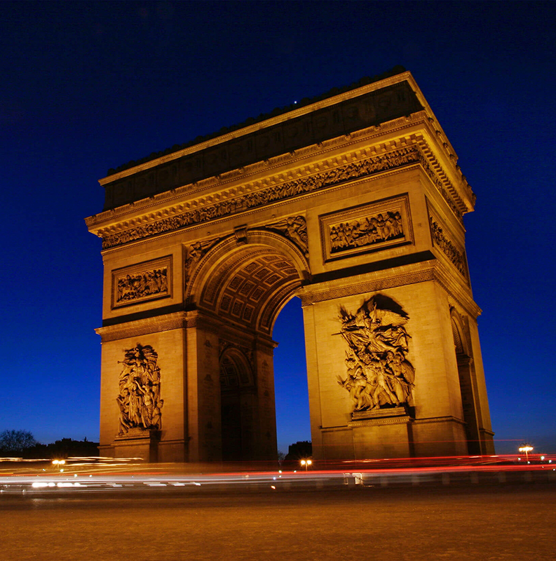 PARIS / PRAÇA CONCORDIA/ ARCO TRIUNFO / TORRE EIFFEL
